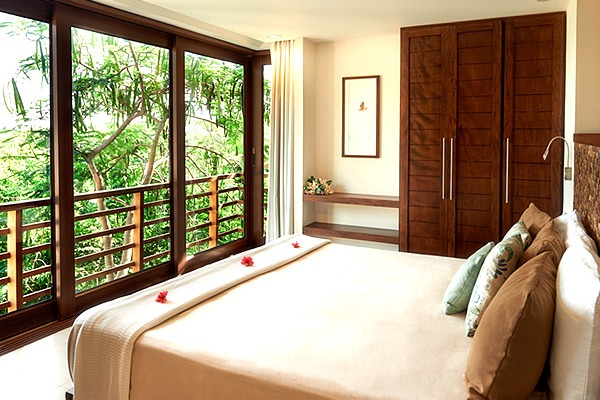 las flores experience-Deluxe 2 Bedroom Suite Ocean View – Penthouse #11-125