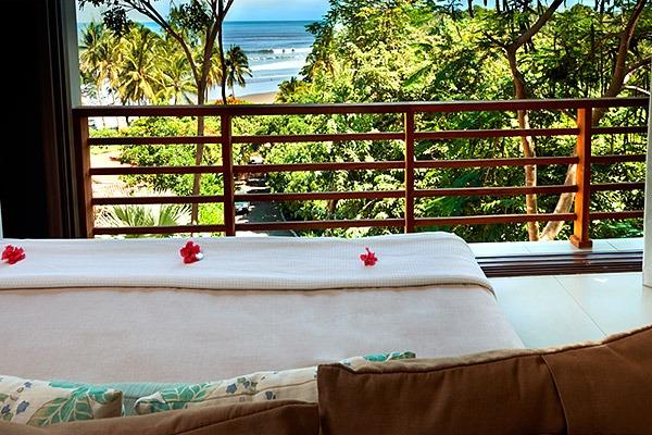 las flores experience-Deluxe 2 Bedroom Suite Ocean View – Penthouse #11-126