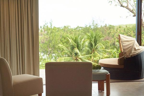 las flores experience-Deluxe King Room Premium Ocean View #16-106