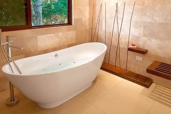 las-flores-experience-Deluxe-2-Bedroom-Suite-Ocean-View-–-Penthouse-11-119