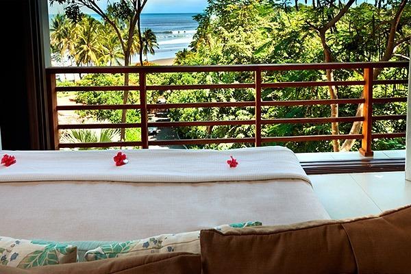 las-flores-experience-Deluxe-2-Bedroom-Suite-Ocean-View-–-Penthouse-11-126