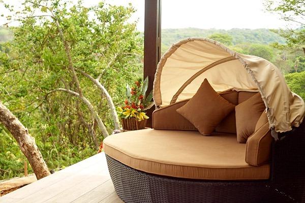 las-flores-experience-Deluxe-King-Room-Premium-Ocean-View-16-105