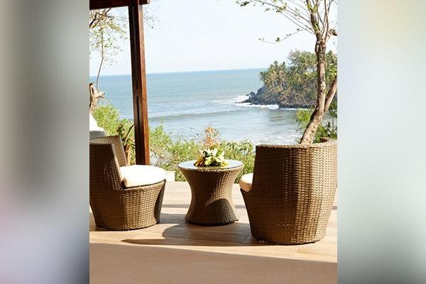 las-flores-experience-Executive-Room-Premium-Ocean-View-15-68